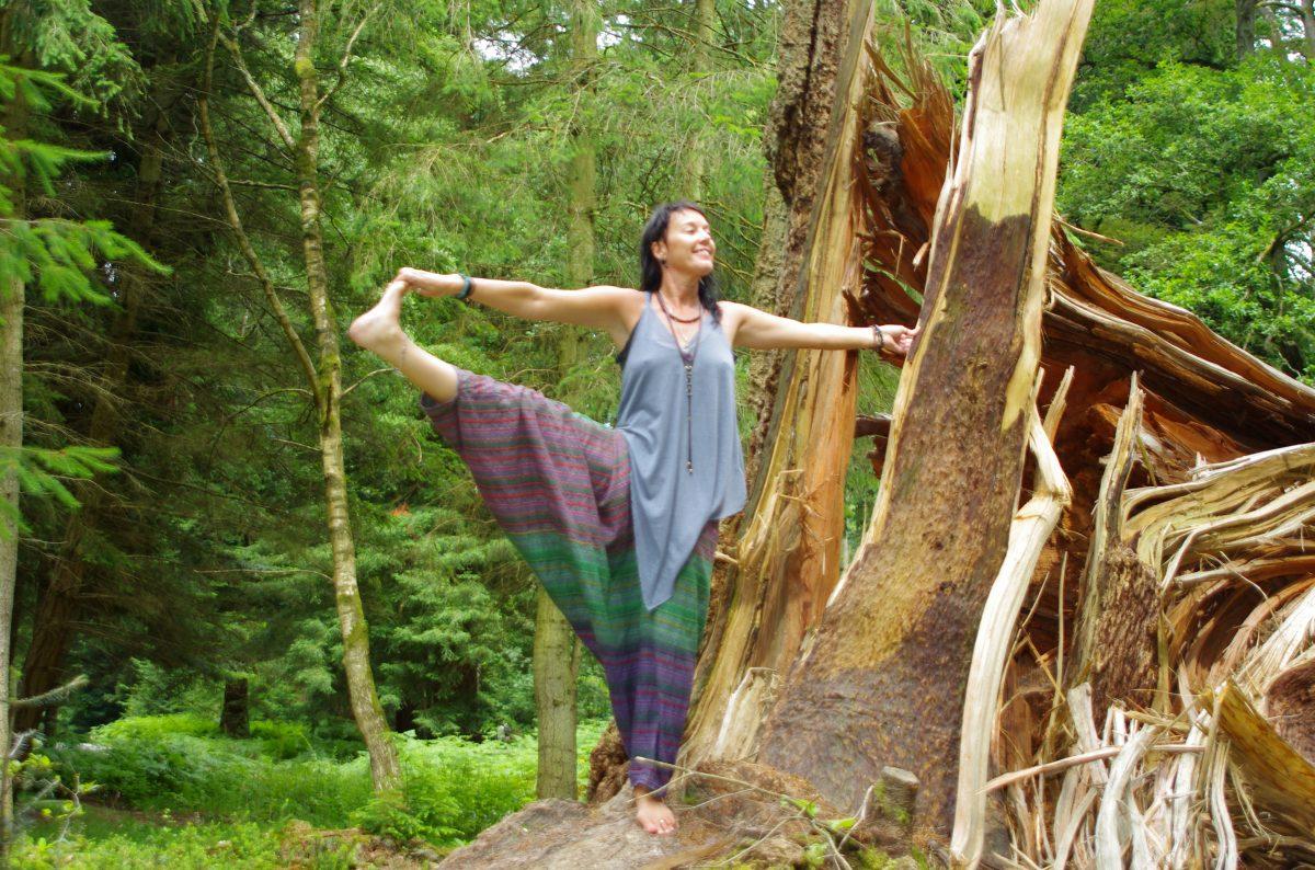 Enjoying the connection. Yoga & nature